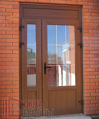 Фото пластиковых дверей для дома