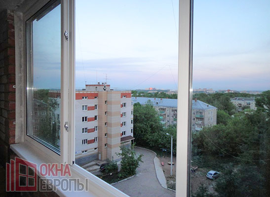 Фото балкона с остеклением Slidors