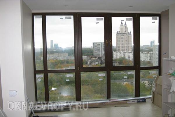 Коричневые панорамные окна для квартиры