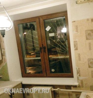 Коричневые окна Rehau