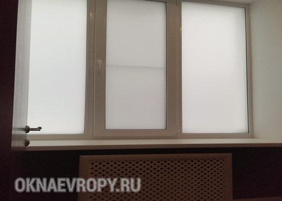 Пластиковое матовое окно